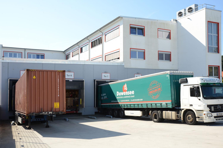 Lagerrundgang durch die Logistik bei Herth+Buss