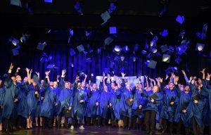 Graduation at the Rhein-Main University of Cooperative Education