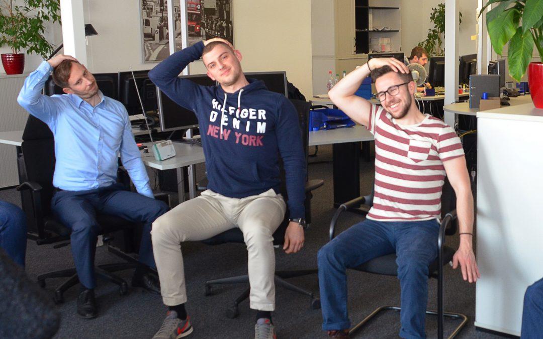 Fitness im Büro mit dem Team R+D