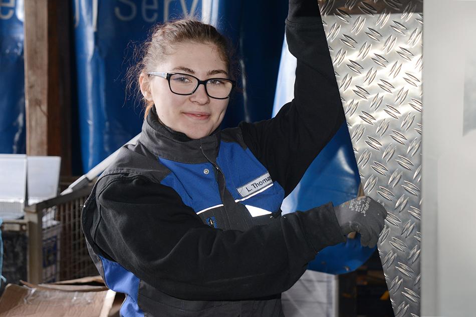 Weltfrauentag, Frauen, Werkstatt, Mänerberuf, Frauen in der Werkstatt, Arbeit, Ausbildung, Fahrzeugbau