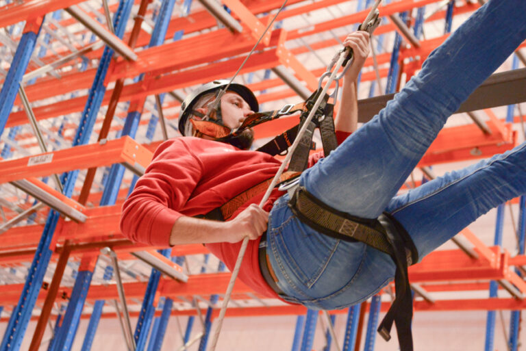 Training for emergencies – High ropes garden in the warehouse