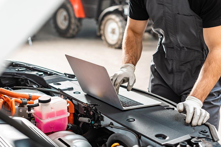 OBD-Schnittstelle: Wie freien Werkstätten der Zugang zu Fahrzeugdaten erschwert wird